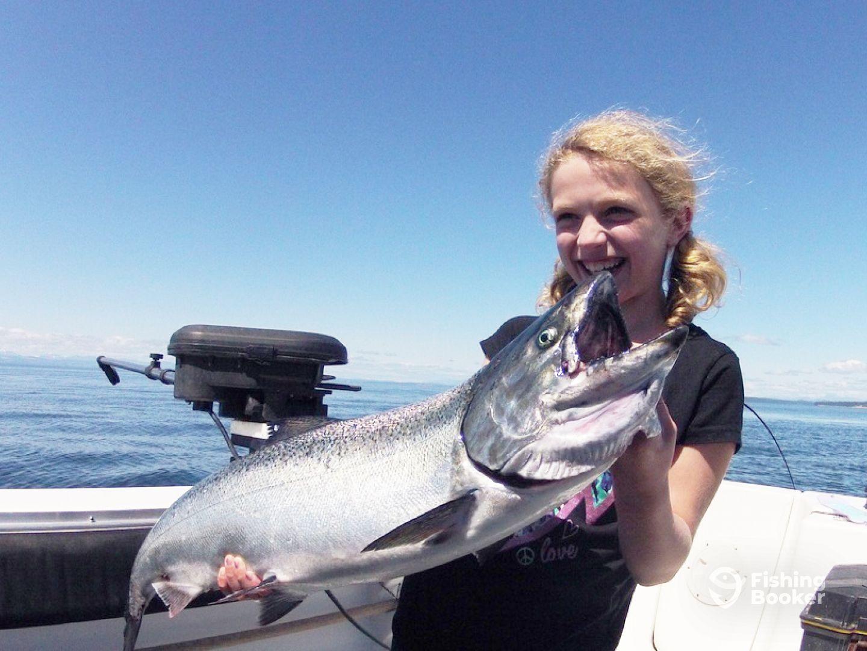Crabby's Fishing Charters - Comox