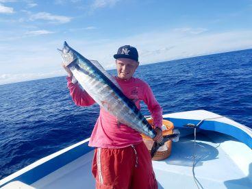 RoaTide - Snorkeling & Fishing