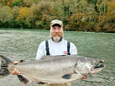 Brookings River Fishing - 23'