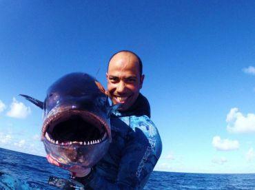 48ft Yacht - Deep Blue Sea Fishing