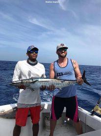 Roatan Anglers – 23'