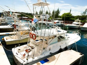 Luxury Yacht & Fishing Services – 44'