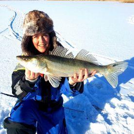 Fishingday – Ice Fishing