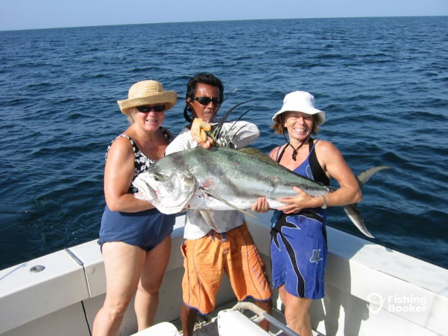 Osprey sportfishing tamarindo costa rica fishingbooker for Tamarindo costa rica fishing