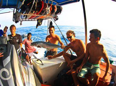 Mentawai Holiday (Fishing & Camp)