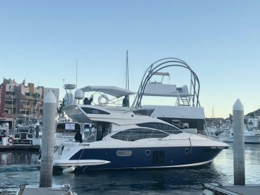 Cabo Sport Fishing  42ft AZIMUT