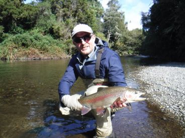 Cruise And Fish Rotorua – Fly Fish