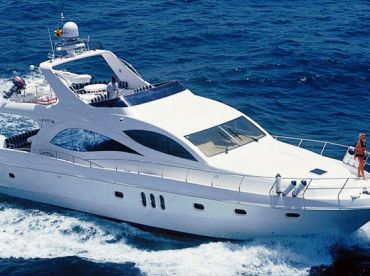 Gold's Yacht – 44'