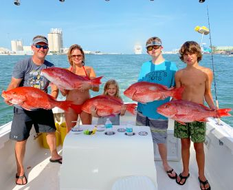 Fin & Fly Fishing Charters – 32' Priority