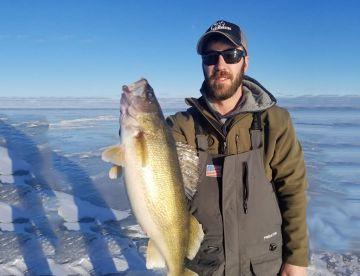 Nolan's Top Gun Charters - Ice Fishing