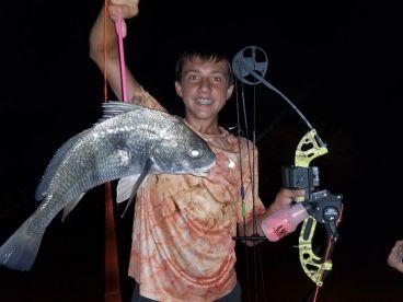 Murky Water Bowfishing