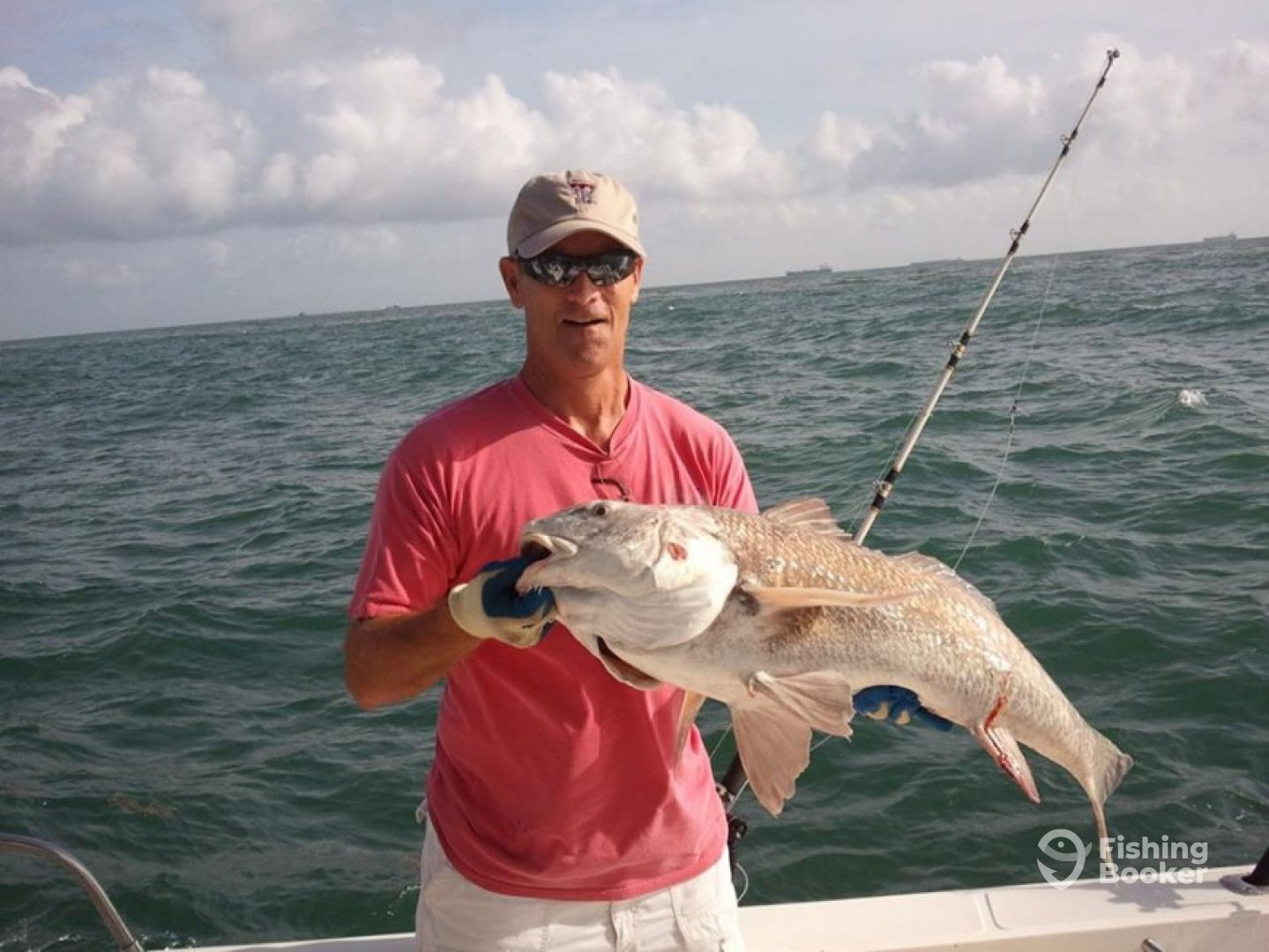 Get u sum charters 27ft sea cat galveston tx for Fishing galveston tx