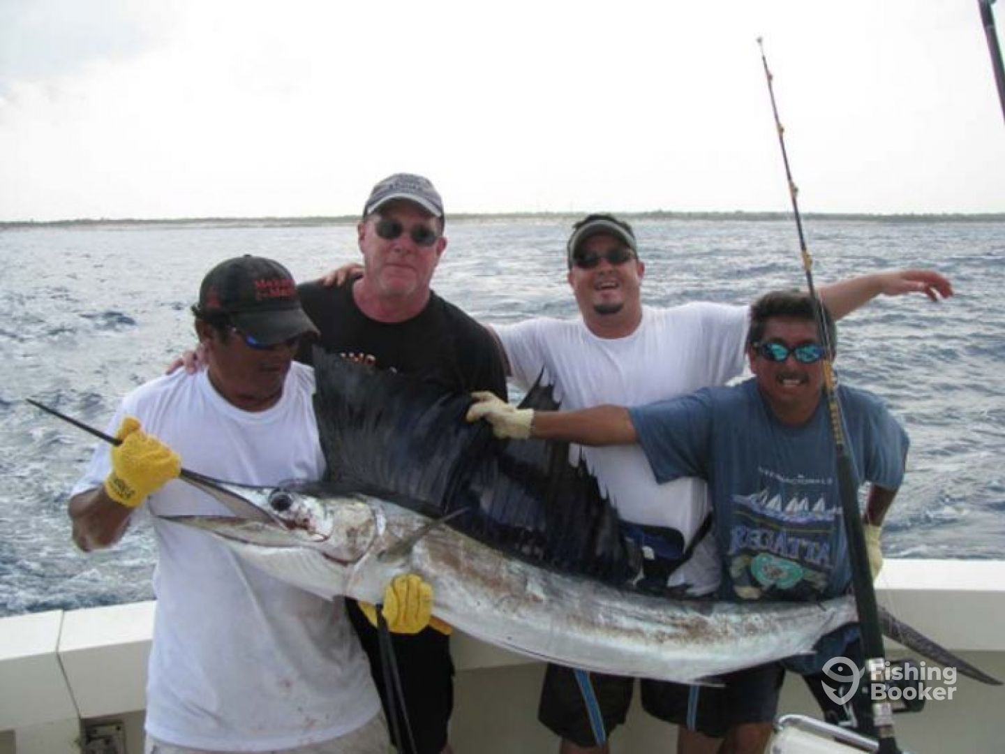 Captain rick s 35 my obsession puerto aventuras for Obsession fishing charters