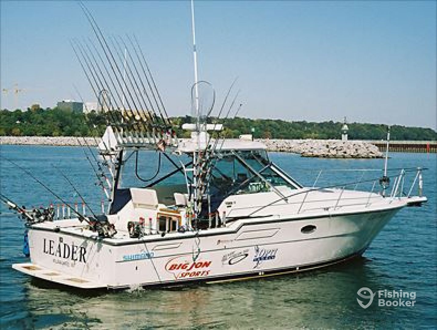 Jack s charter service milwaukee wi fishingbooker for Lake fishing boats