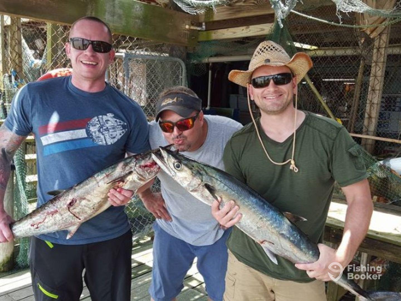 Oilfield outkasts pesca mas freeport tx fishingbooker for Freeport texas fishing charters