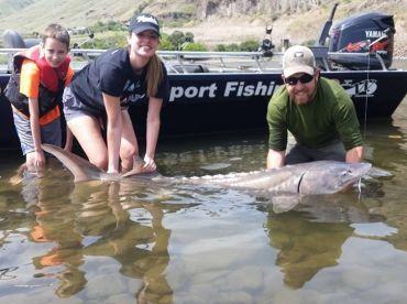 Jones Sport Fishing , Asotin