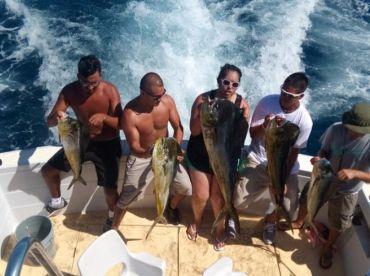 Family Fishing Cancun
