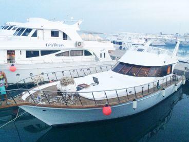 Hurghada Boat Charters - Maters Boa