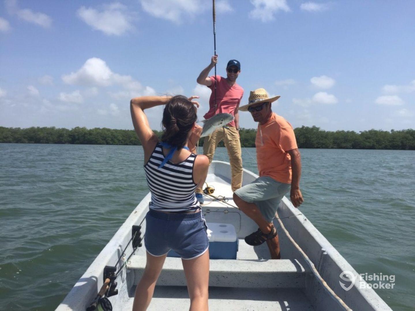 Waata daag fishing adventures placencia belize for Belize fishing charters
