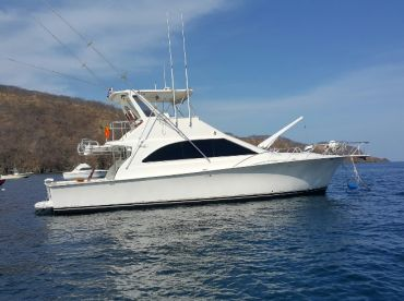 Mamasita is a 48 ft Ocean with air conditioned saloon to take you to the fish in first class.