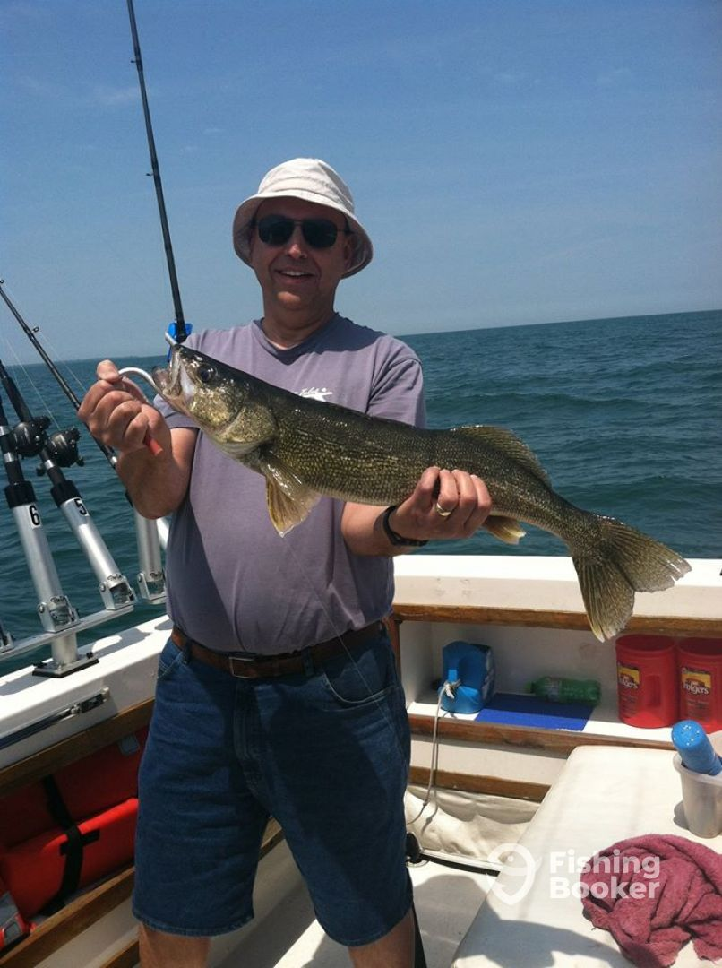 Justonemore fishing charters lakeside marblehead oh for Ohio fishing charters