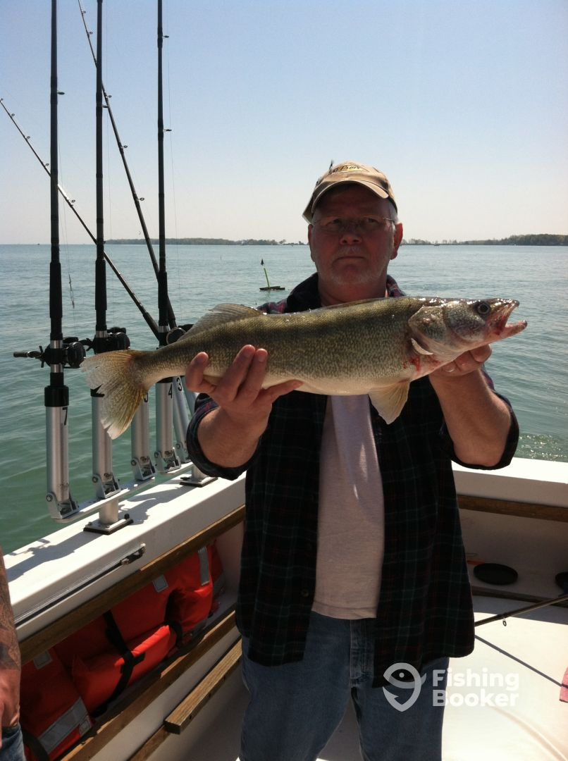 Justonemore fishing charters vermilion oh fishingbooker for Ohio fishing charters