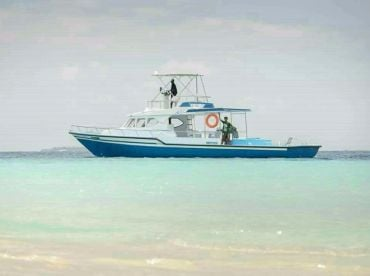 Atoll Fishing Maldives 03 - Reef