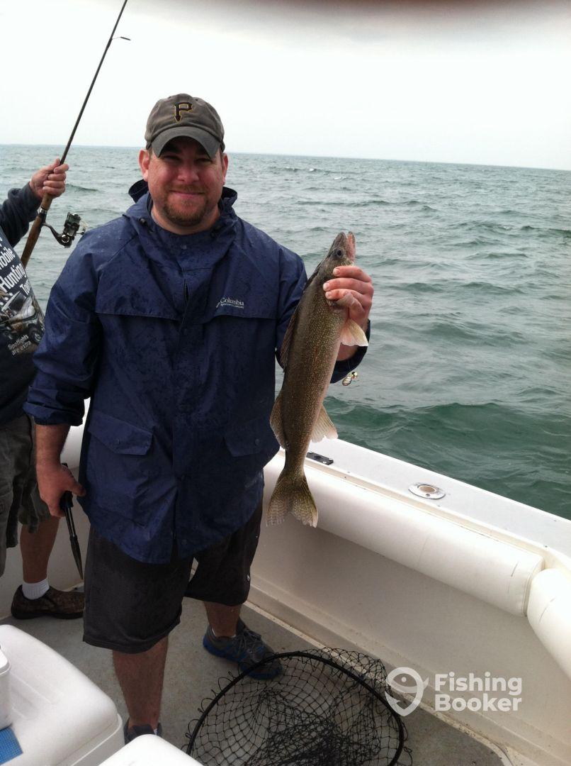39 03 39 fishing charters port clinton oh fishingbooker for Ohio fishing charters