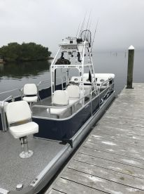 Fully wheelchair accessible pontoon boat