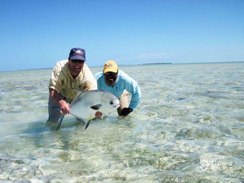 Evas bonefish lodge staniard creek bahamas fishingbooker evas bonefish lodge solutioingenieria Image collections
