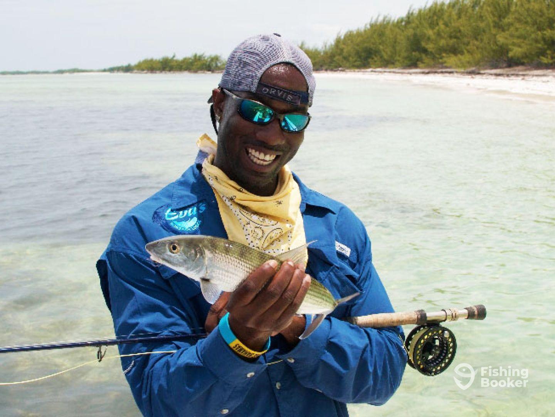 Evas bonefish lodge staniard creek bahamas fishingbooker evas bonefish lodge solutioingenieria Images