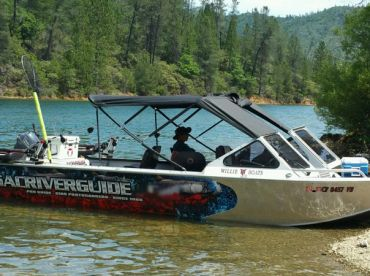 26 ft Custom built jet boat with cover