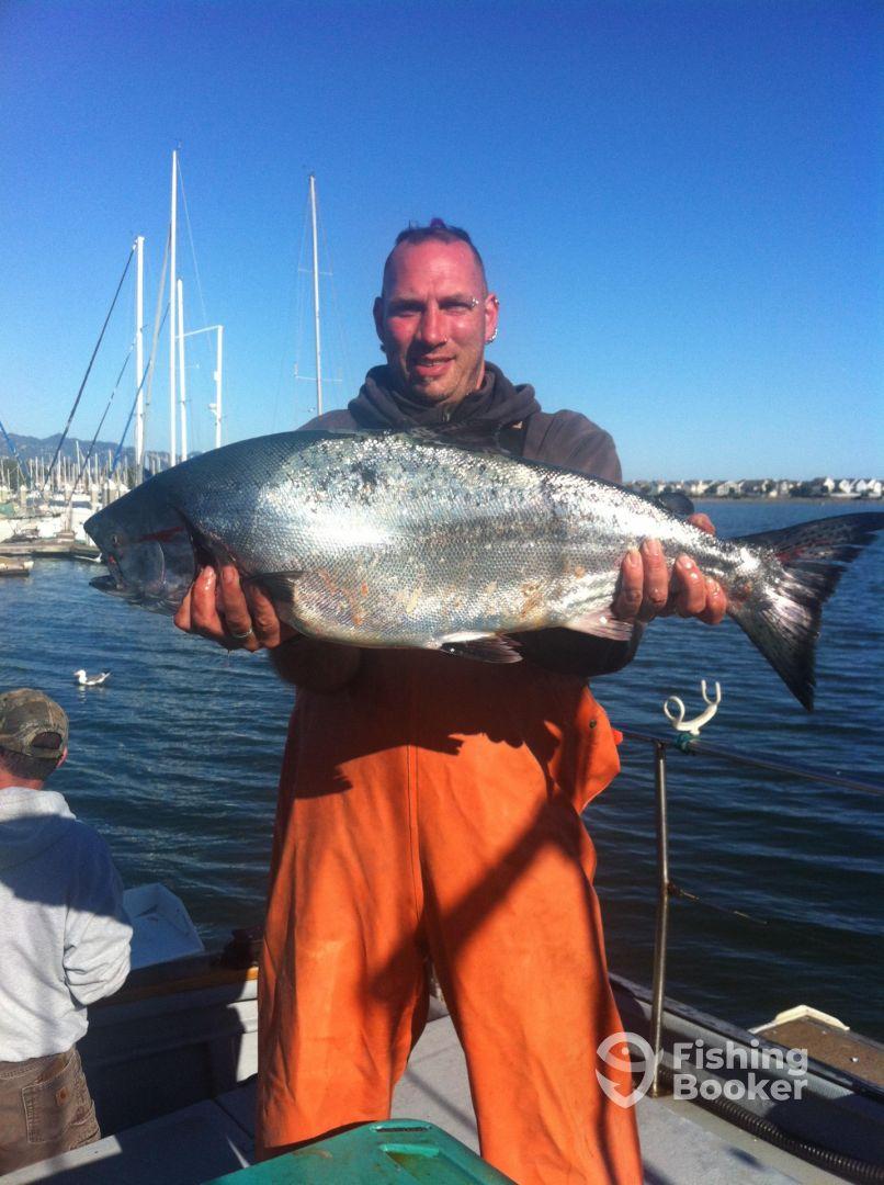 Warrior poet sportfishing san francisco ca fishingbooker for San francisco fishing charters