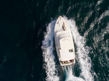 Charters Aruba - Carla