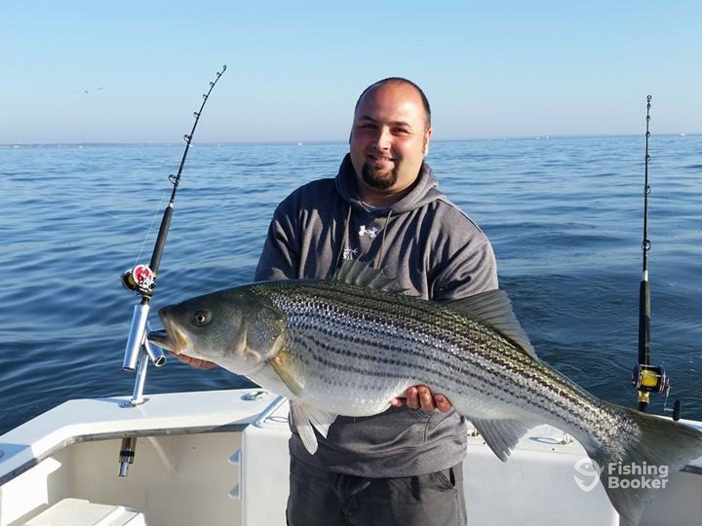 Fin hunter charter fishing deale md fishingbooker for Annapolis fishing charters