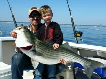 Fin Hunter Charter Fishing