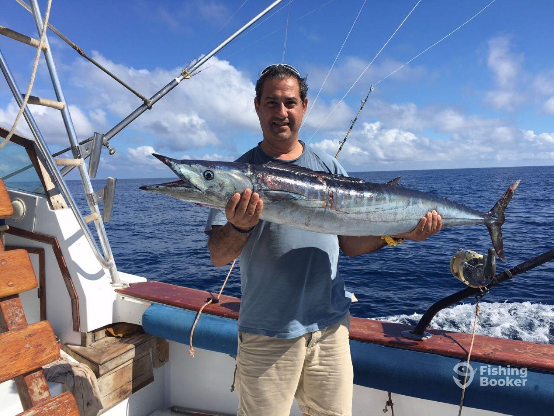 Deep sea fishing diani diani beach kenya fishingbooker for How to fishing