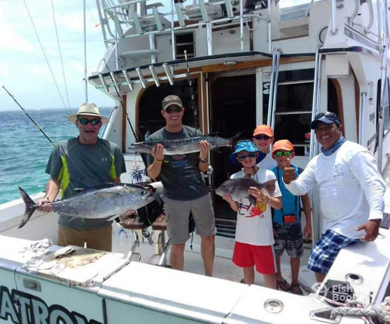 Living a dream el patron puerto morelos mexico for Puerto morelos fishing