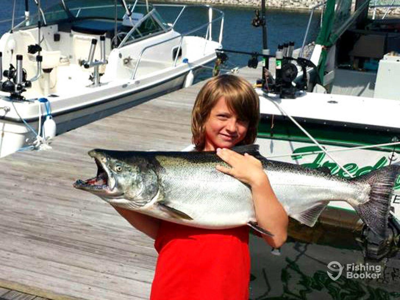 Freddie b sport fishing charters manistee mi fishingbooker for Manistee fishing charters