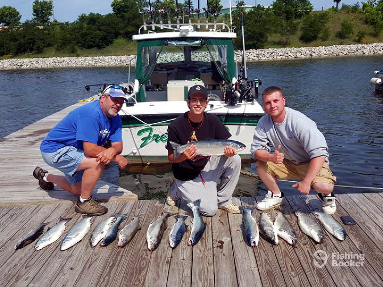 Freddie b sport fishing charters manistee mi fishingbooker for Charter fishing manistee mi