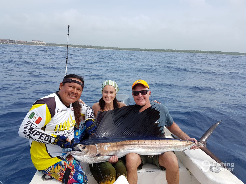 Juancho playa del carmen mexico fishingbooker for Playa del carmen fishing charters