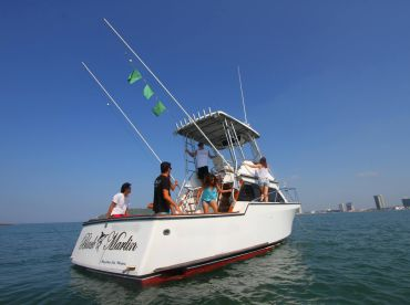 Escualo Fleet - Black Marlin 34'