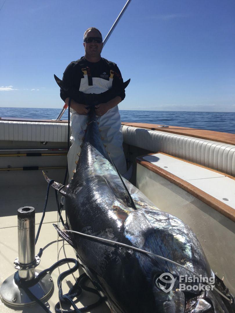 Bluefin tuna wanchese fishing report fishingbooker for Tuna fishing california