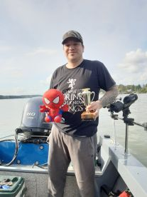 Bob wins both most fish and smallest fish trophy.