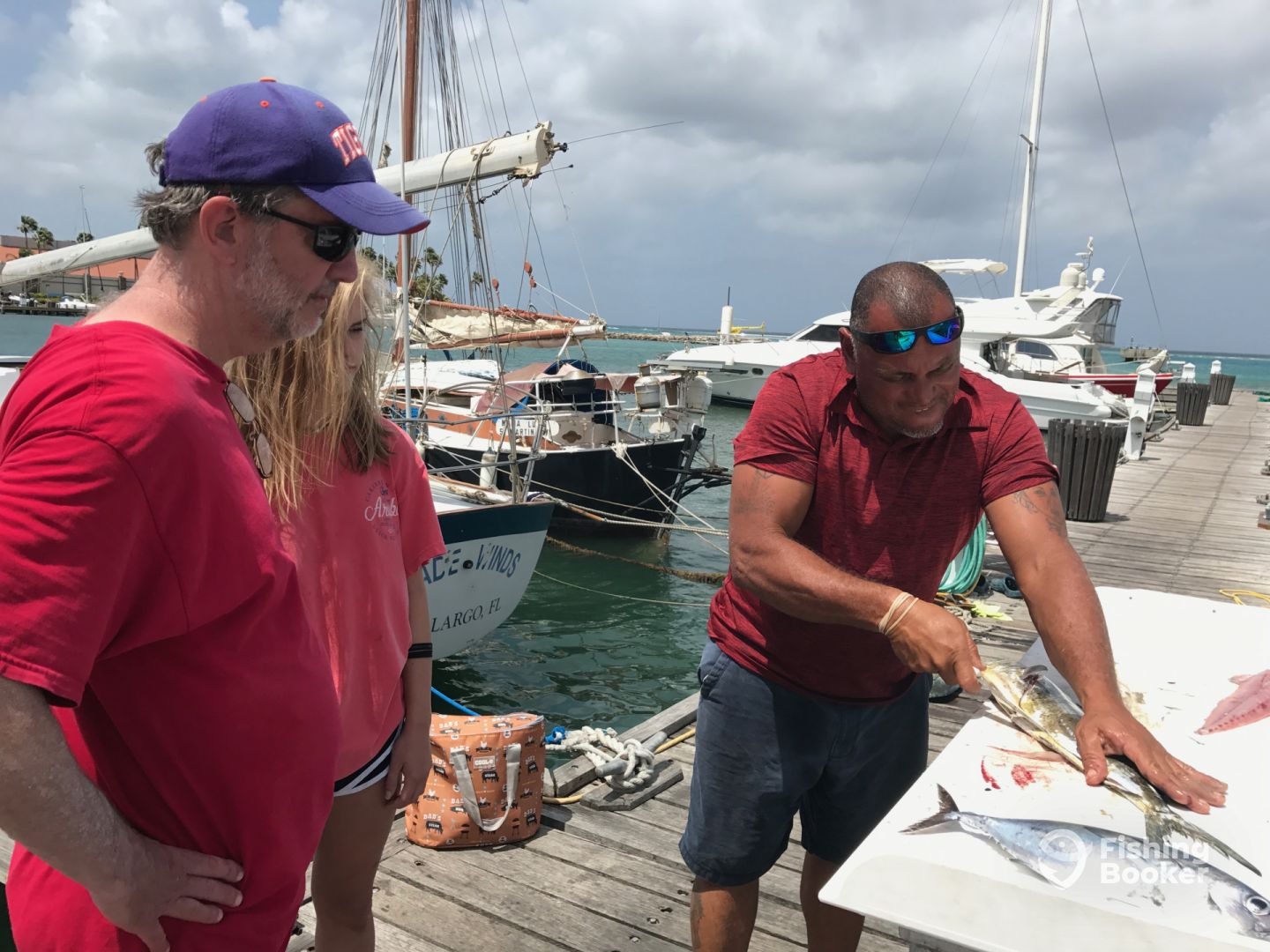Father and daughter fishing today aruba oranjestad for Fishing forecast today