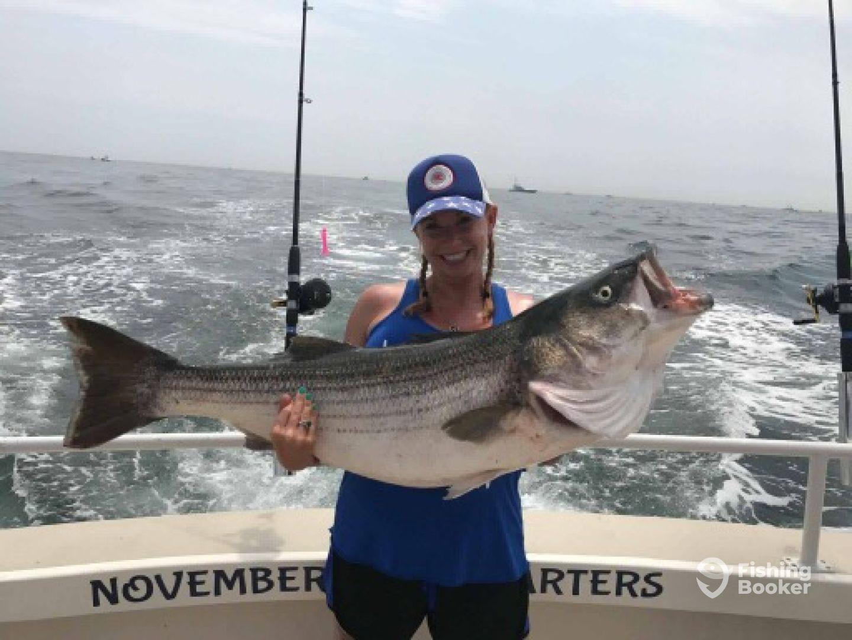 Impressive fishing for the hope family montauk fishing for Montauk fishing report