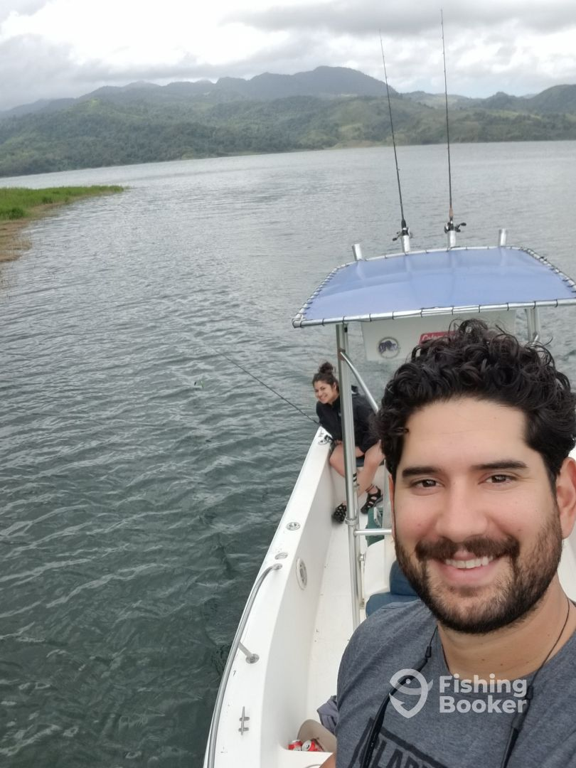 I just found Fishing Lake Arenal on FishingBooker