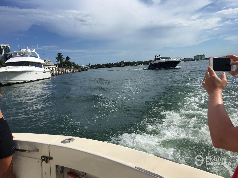 Old hat fishing charters miami beach fl fishingbooker for Miami beach fishing charters