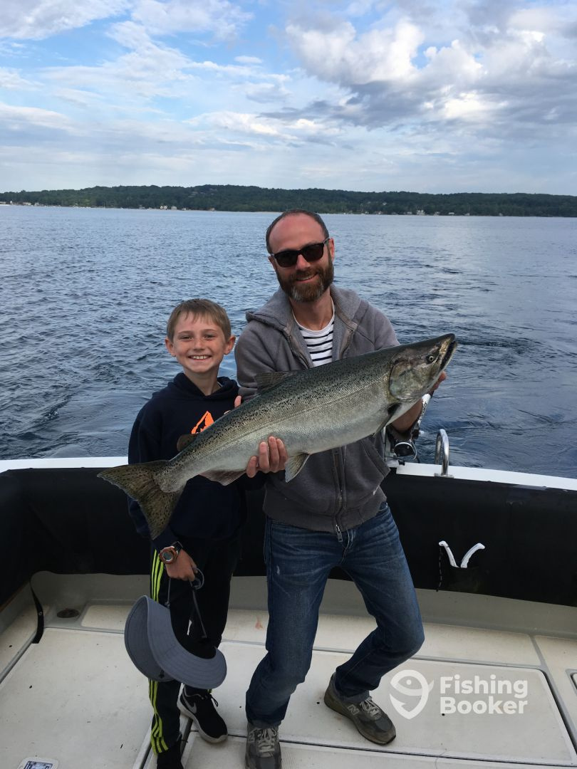 True blue charters traverse city mi fishingbooker for Traverse city fishing charters