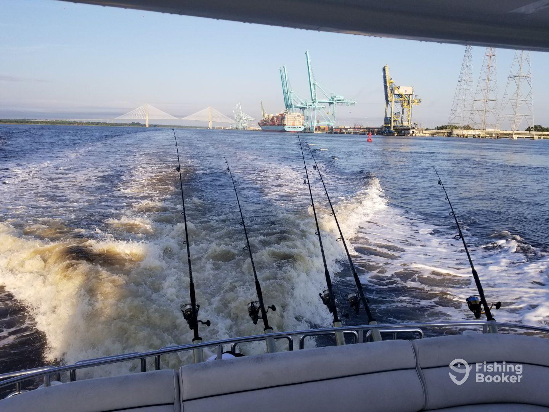 Safe harbor 75ft faith jacksonville fl fishingbooker for Deep sea fishing jacksonville fl